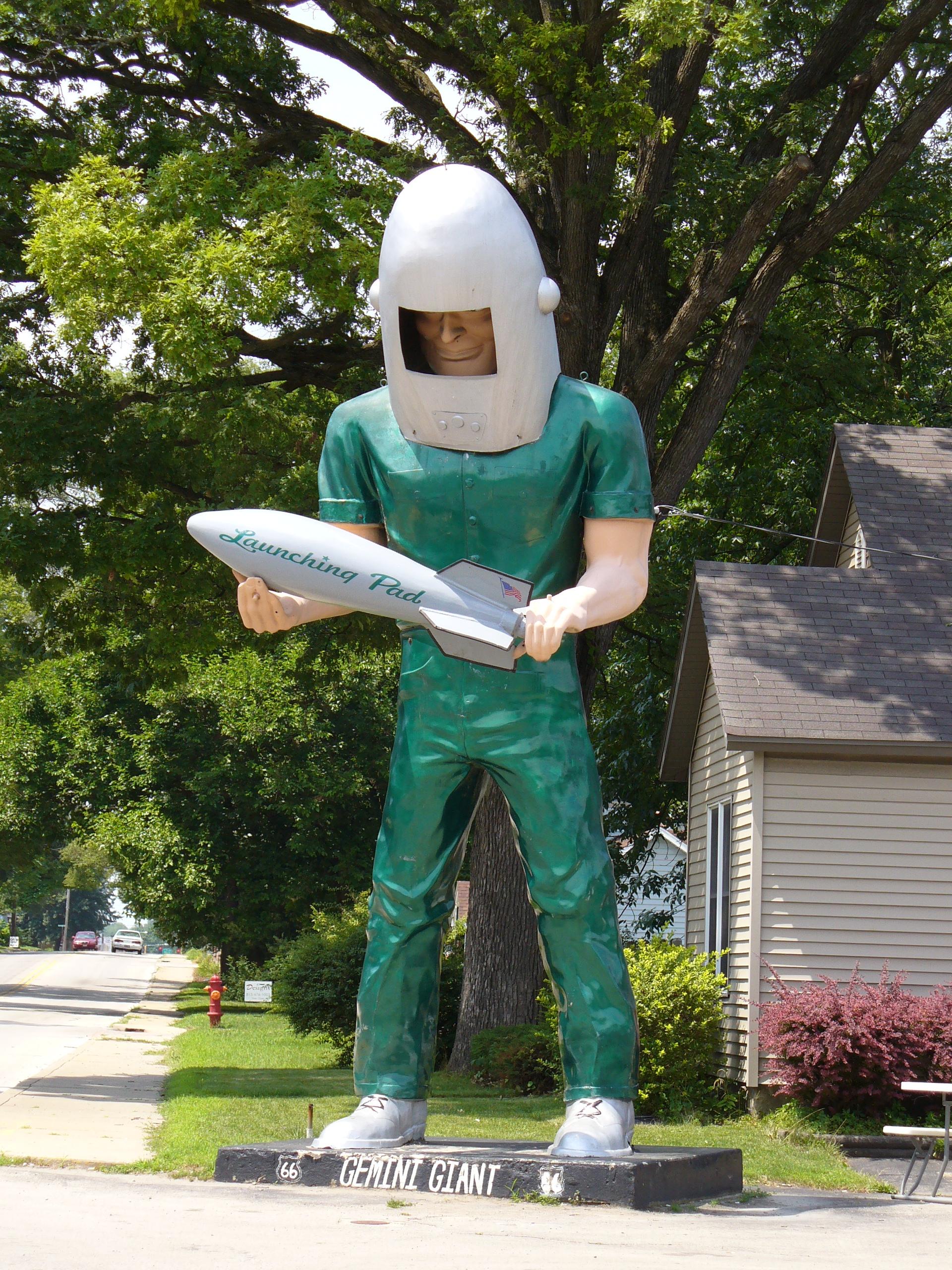 Giant alert!  Gemini Man