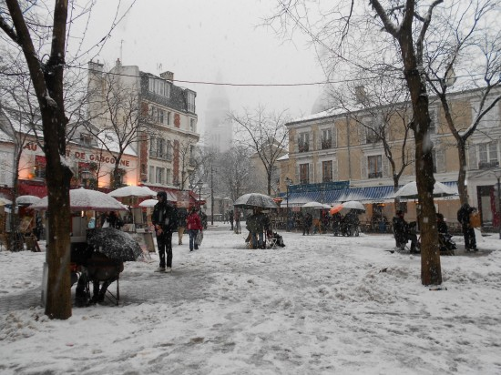 The village square, in Montmartre, picture perfect!