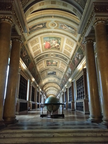 The gallery of Diana, originally decorated after the myth of Diana. It was redesigned by Napoleon I. The use of the room as a library dates back to Napoleon III.