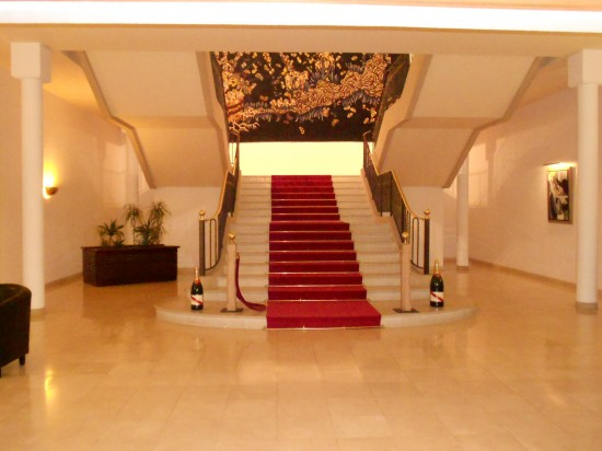 The lovely lobby at G.H. Mumm