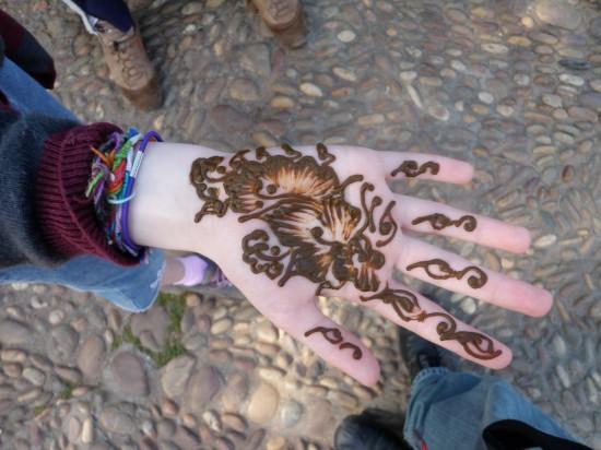 Sydney's Henna.  Photo credit:  Jason @ Travel-Junkies.com