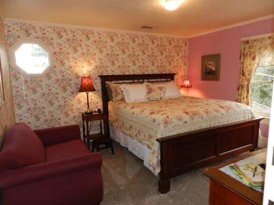 Abigail Adams guest room.
