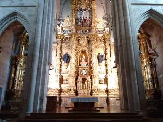 The main altar built around 1690 by Francisco de la Cueva and Mateo de Rubalcaba.